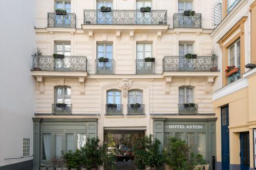 Aston Hôtel